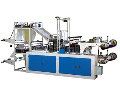 plastic bags on roll making machine with manual roll change